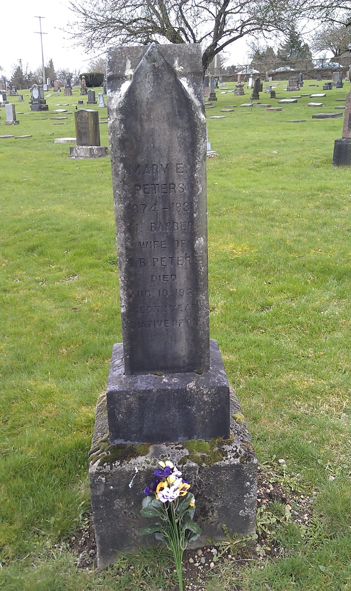 Mary Ellen Hogan - headstone